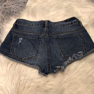 PacSun Shorts - Bullhead Denim Distressed Slouchy Short